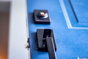 Door lock buying guide - how to choose the lock for your home